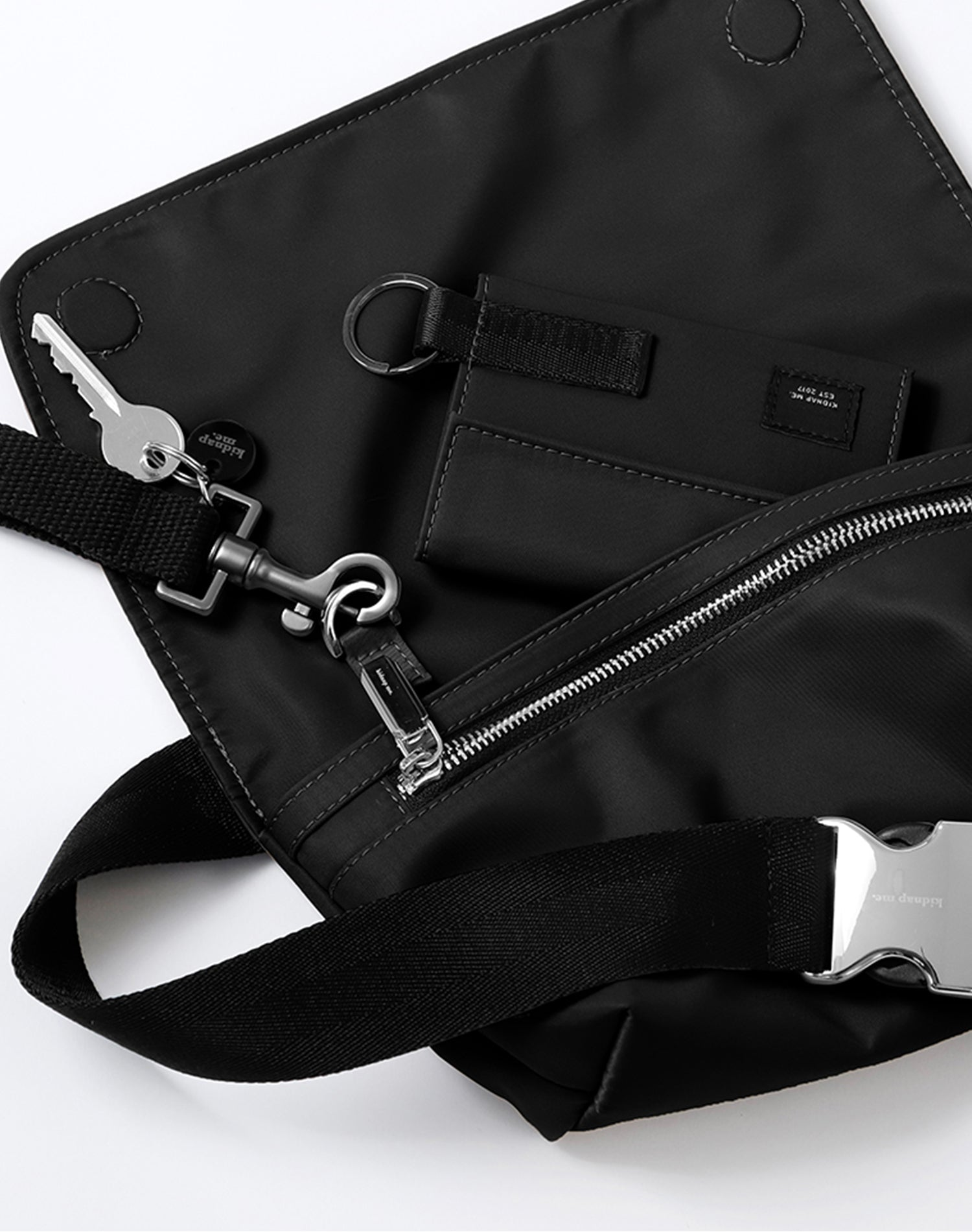 Charcoal Nylon Belt Sling Bag.木炭系尼龍斜揹腰包