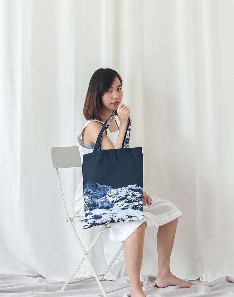 Half Mountain Canvas Tote Bag.山系帆布側背袋