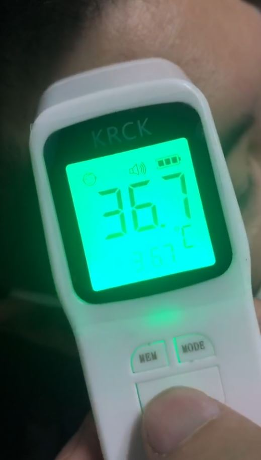 thermometer infrared digital forehead thermometer generalsmile.com 1