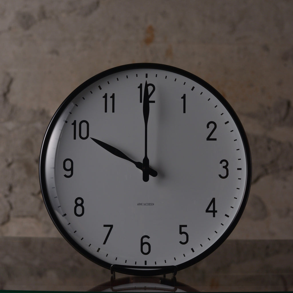 アルネ・ヤコブセン ARNE JACOBSEN STATION WALL CLOCK 290mm