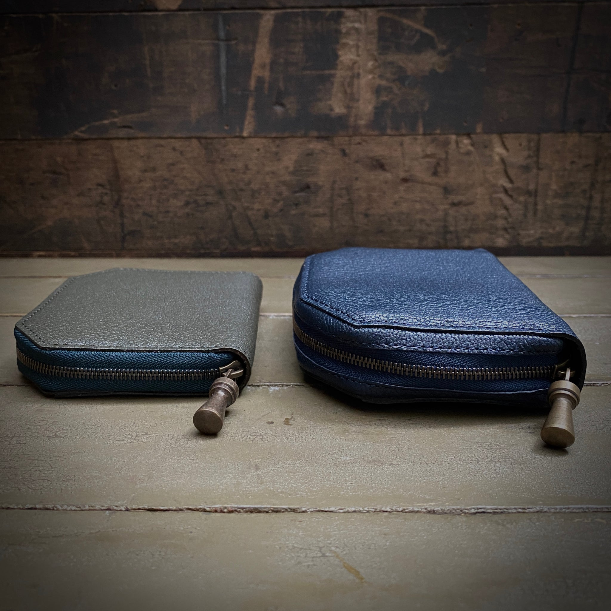 POSTALCO | No.60022 | Kettle Zipper Wallet | Thin | Navy