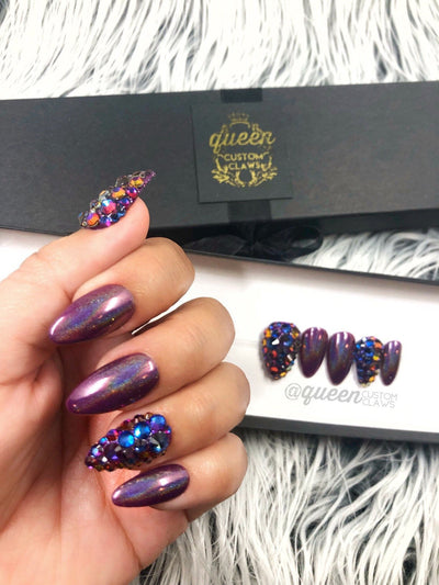 Mystère holographic bling press on nails