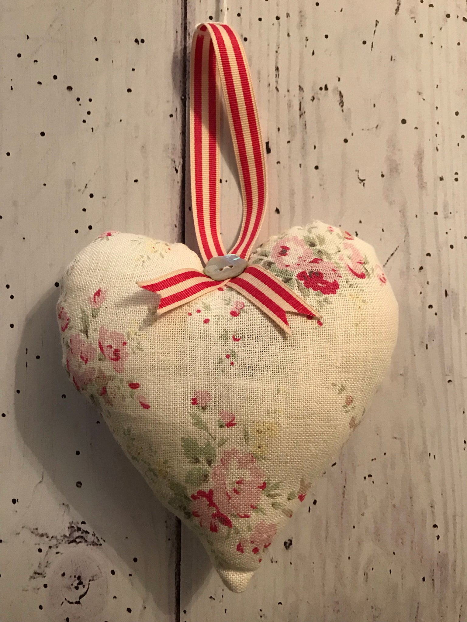 Handmade lavender infused padded heart in Peony and Sage Hattie