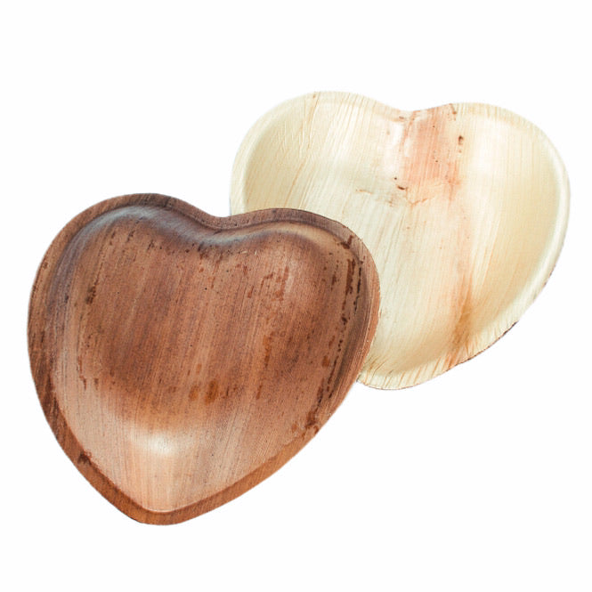 25 Heart Shaped Plates Palm Leaf