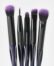 Load image into Gallery viewer, BRUSHWORKS  HD PRECISION EYE & BROW BRUSH SET