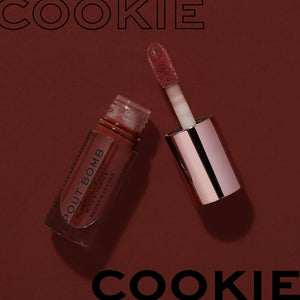 MAKEUP REVOLUTION  POUT BOMB PLUMPING GLOSS (Cookie)