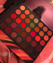 Load image into Gallery viewer, MORPHE 35O3 FIERCE BY NATURE ARTISTRY PALETTE
