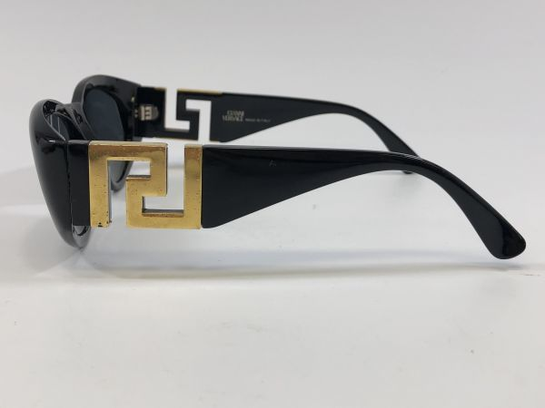7ca1be3644b2f Gianni Versace Vintage Black With Gold Logo Sunglasses.T24 Col852 ...