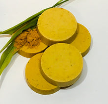 Load image into Gallery viewer, Lemongrass, Turmeric & Poppy seed