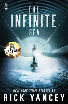 The Infinite Sea (The 5th Wave Book 2)