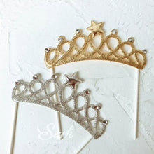 Load image into Gallery viewer, GOLDEN TIARA CAKE TOPPER