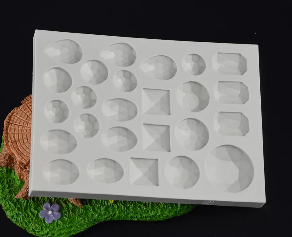 ASSORTED GEMS AND JEWELS MOULD 25 PCS