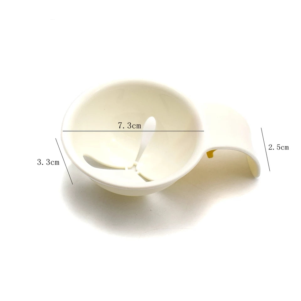 EGG SEPARATOR WITH HOLDING PEG