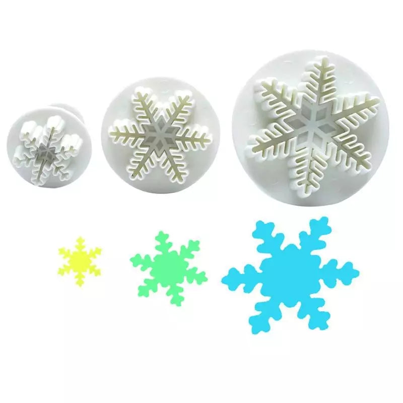 FRINGED SNOWFLAKES CUTTERS 3PCS