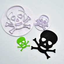 Load image into Gallery viewer, HALLOWEEN DANGER SYMBOL PLASTIC CUTTER SET 2 PCS
