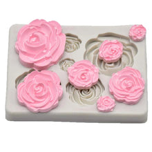 Load image into Gallery viewer, MINI ROSES ASSORTED SIZES SILICONE MOULD 7 PCS