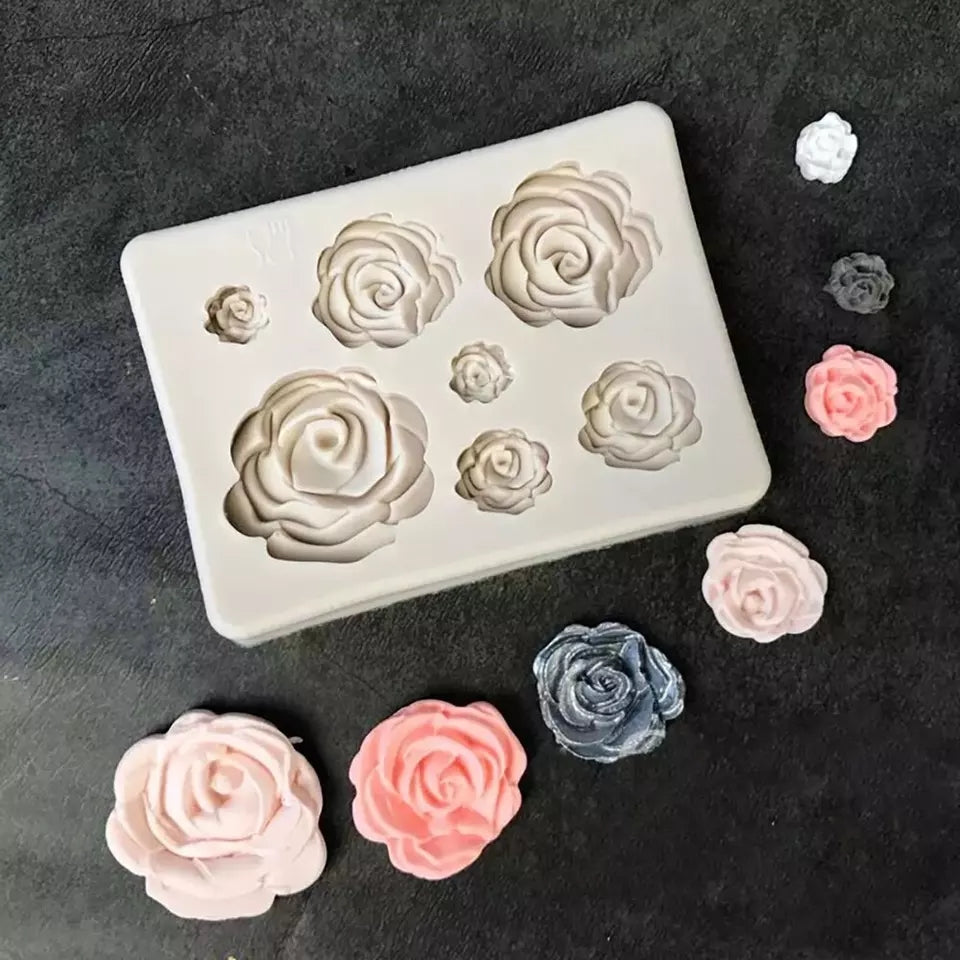 MINI ROSES ASSORTED SIZES SILICONE MOULD 7 PCS