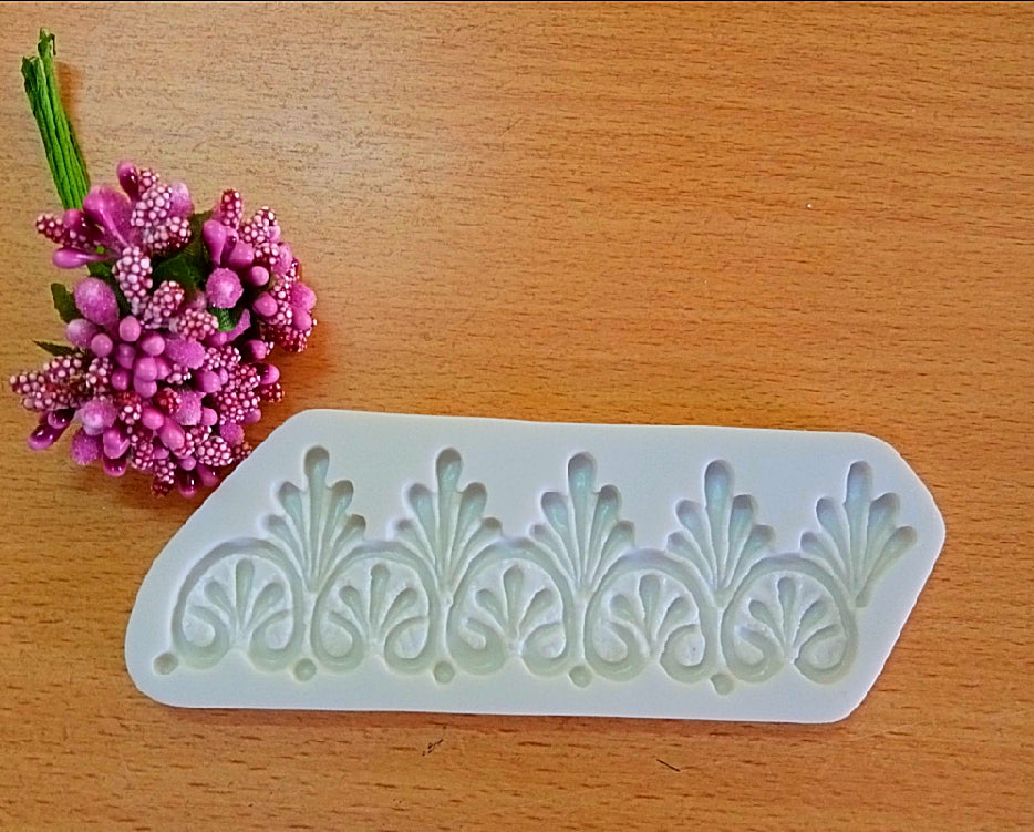 LACE BORDER MOULD (SHORT)