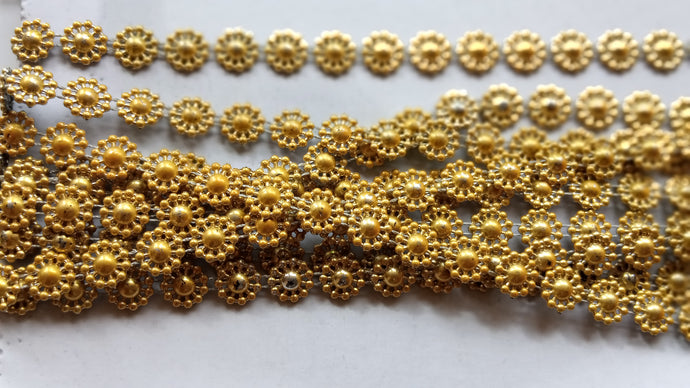 GOLD  PEARL ROUND FLOWER RIBBON
