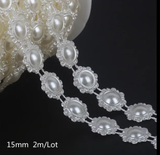 PEARLY FLOWER WITH LARGE PEARLS 1.5CM