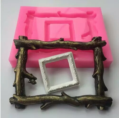 RUSTIC WOOD FRAME MOULD