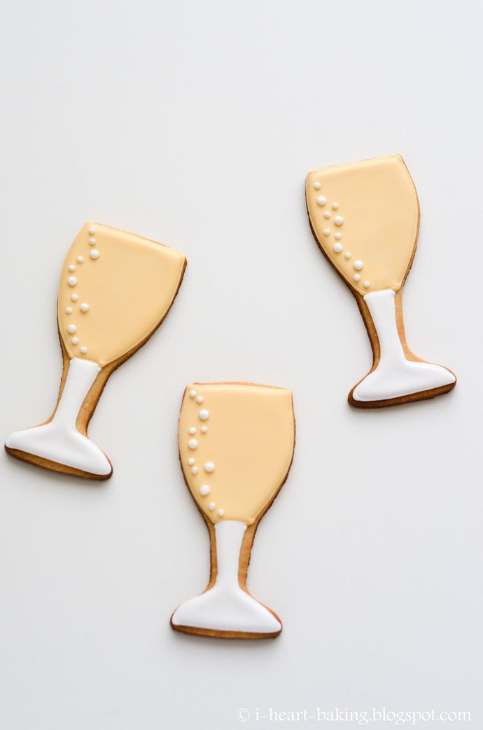 CHAMPAGNE/WINE GLASS COOKIE CUTTER