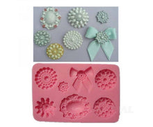 Load image into Gallery viewer, ASSORTED PEARL BROOCHES MOULD 7PC (GREY)