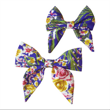 Load image into Gallery viewer, Violet Delights Sailor Bow / Bow Tie