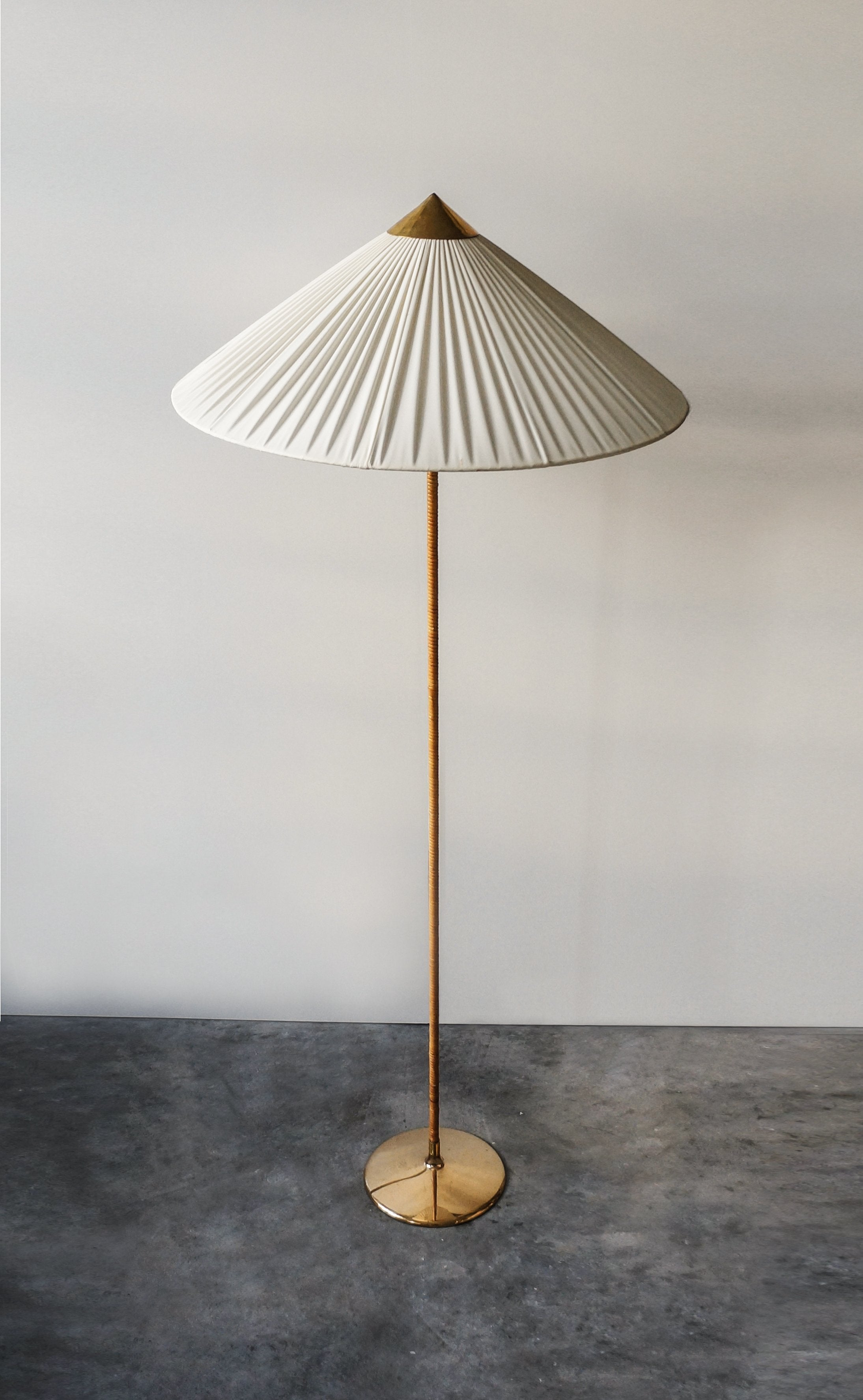 Paavo Tynell Floor Lamp, Model 9602, 1950s