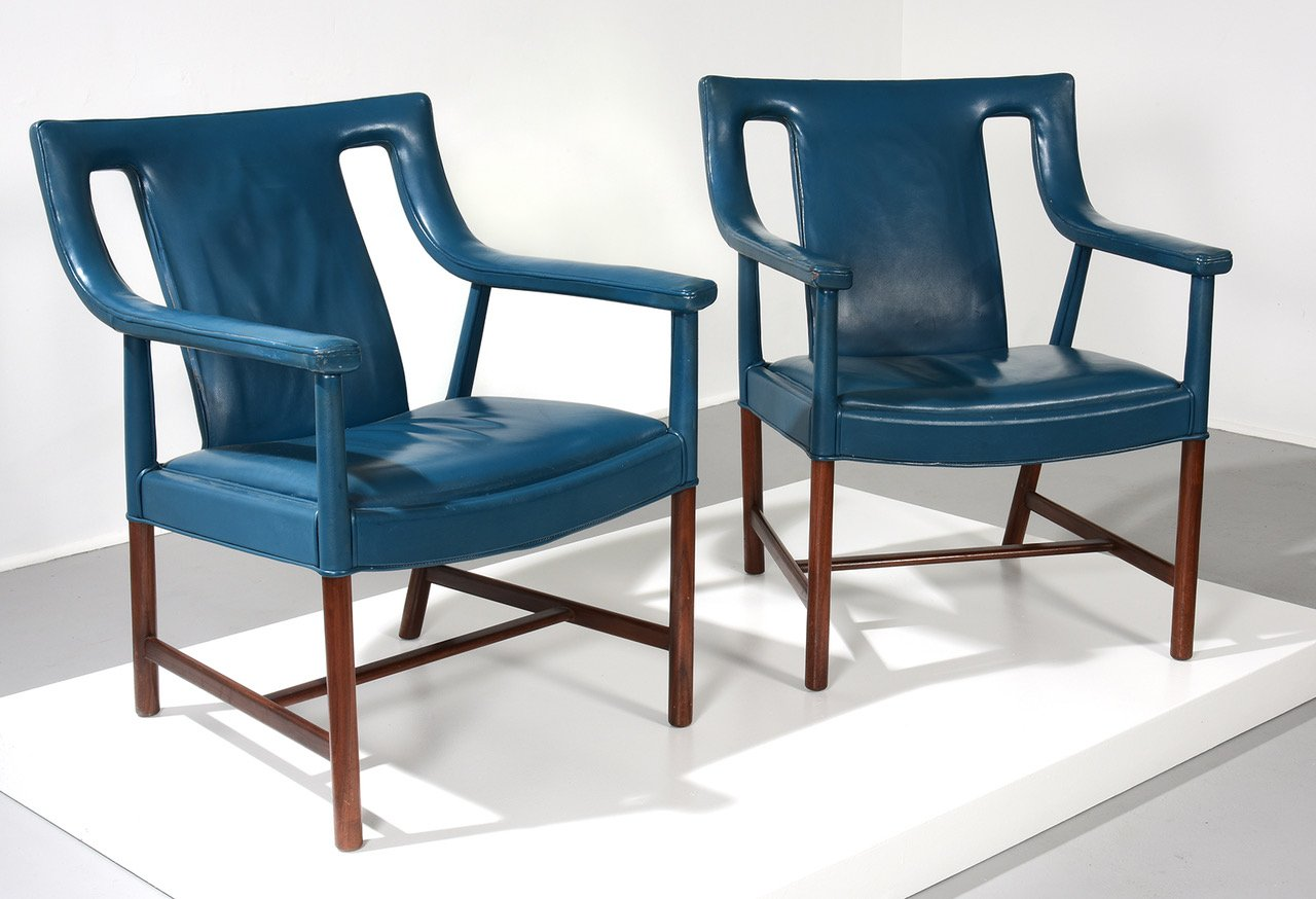 [SOLD] Ejner Larsen and Aksel Bender Madsen Pair of Armchairs, Model LP48, 1940s