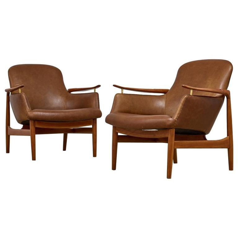 Finn Juhl Pair of Armchairs by Niels Vodder, Model NV53, 1950s - The Exchange Int