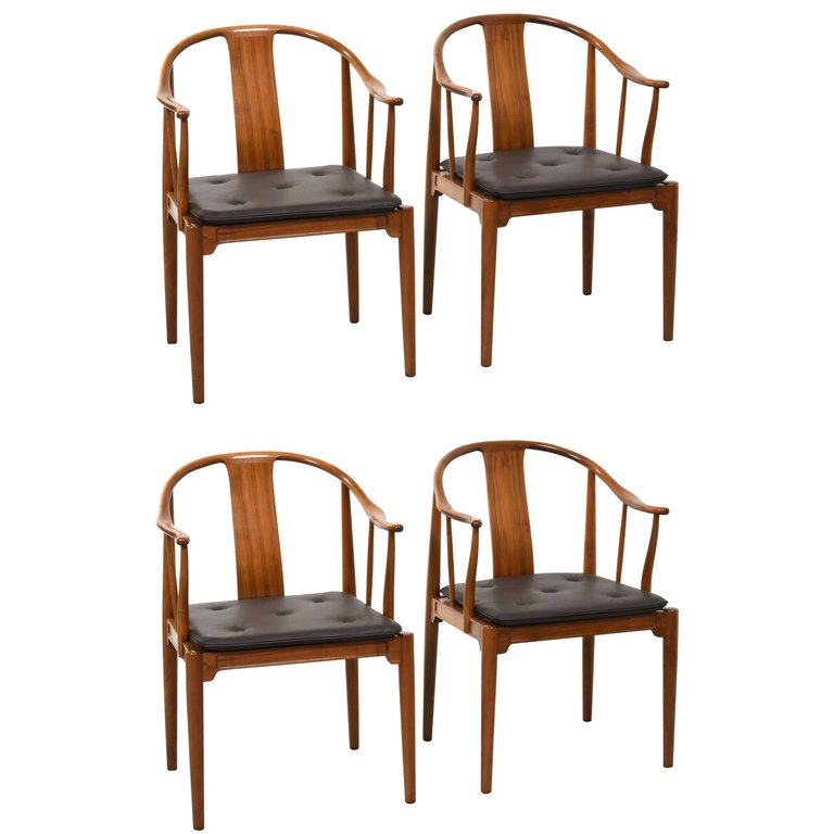 Hans J. Wegner China Chairs for Fritz Hansen, Set of Four in Mahogany, 1944 - The Exchange Int