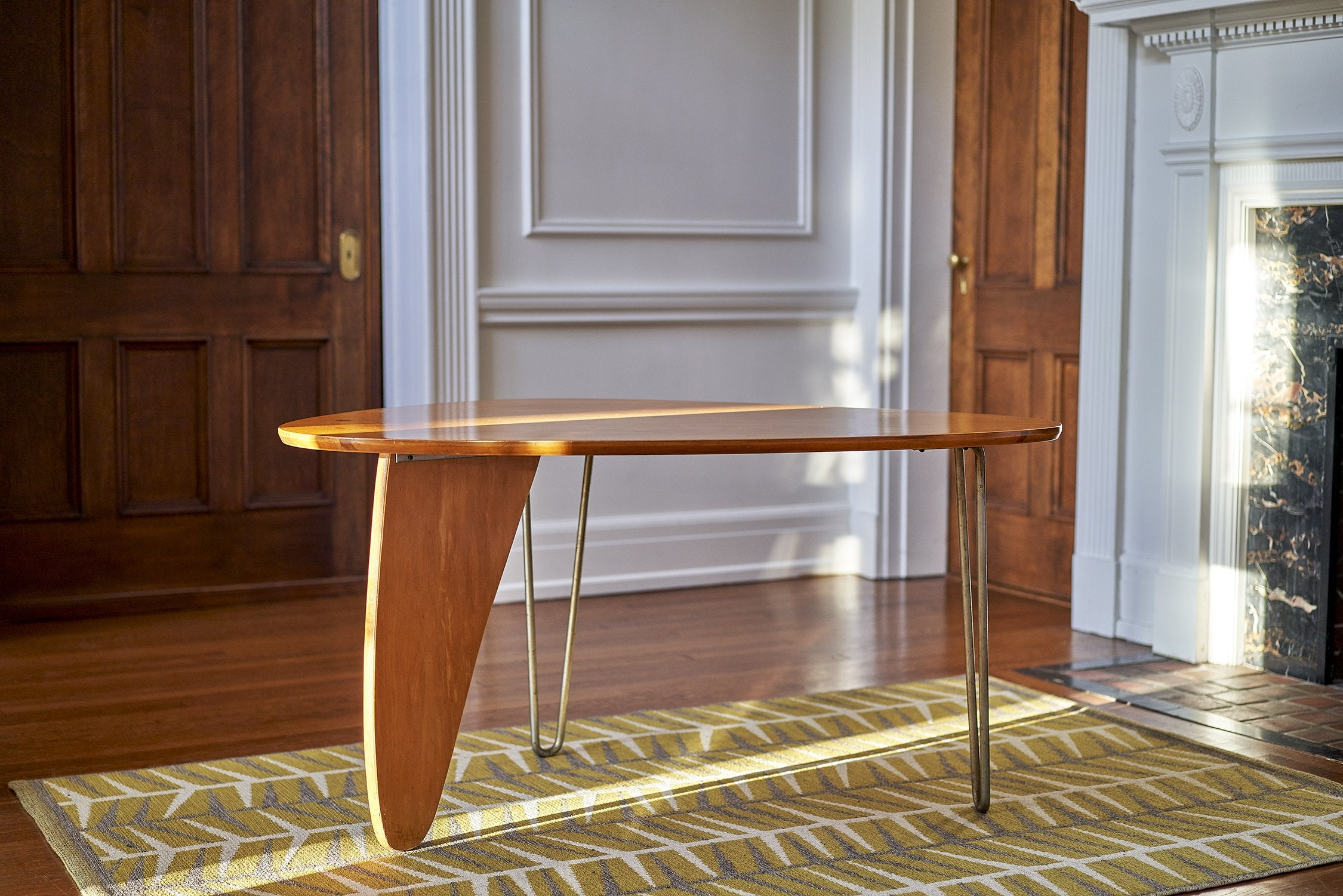 Isamu Noguchi Rudder Dinette Table Model IN-20 1940s