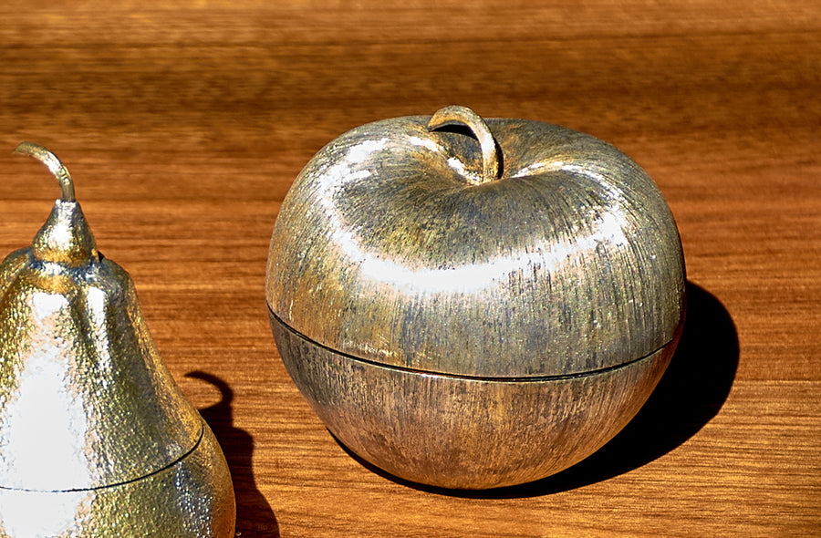 Janna Thomas De Velarde for Tiffany & Co. Gilt Sterling Silver Apple Pill Box, circa 1970's