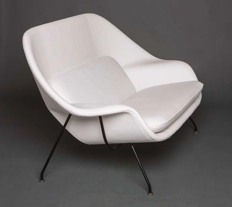 Womb Settee by Eero Saarinen for Knoll circa 1960's