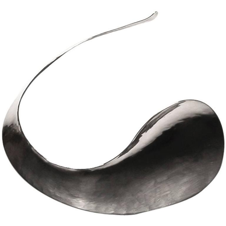 Hand-hammered Sterling Sculptural Necklace or Choker by Jan Arenhill, 1969 - The Exchange Int