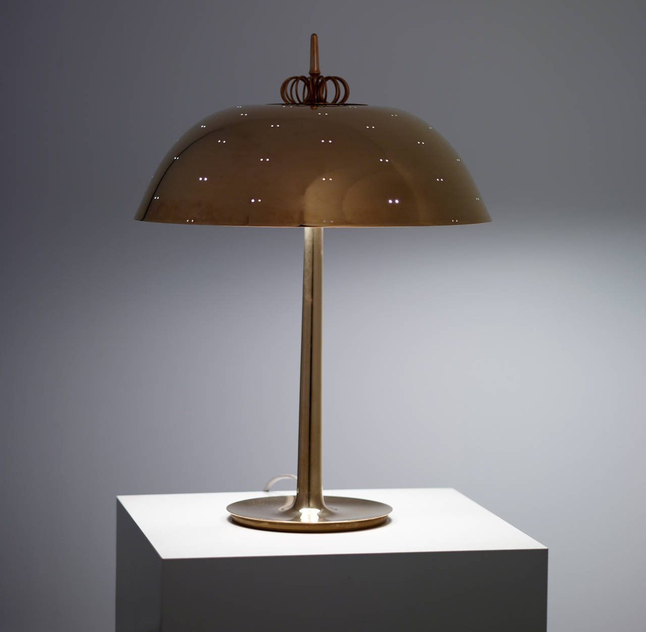 Paavo Tynell Table Lamp, Model 9211