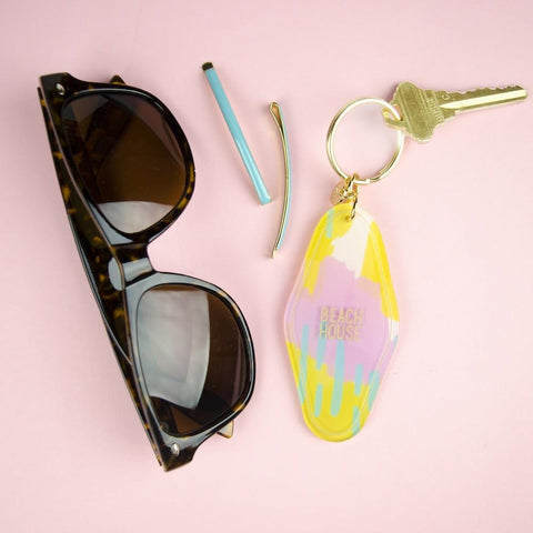 Moon and Lola Beach House Hotel Keychain