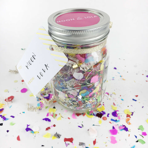 step four to make a surprise e-gift card in a mason jar