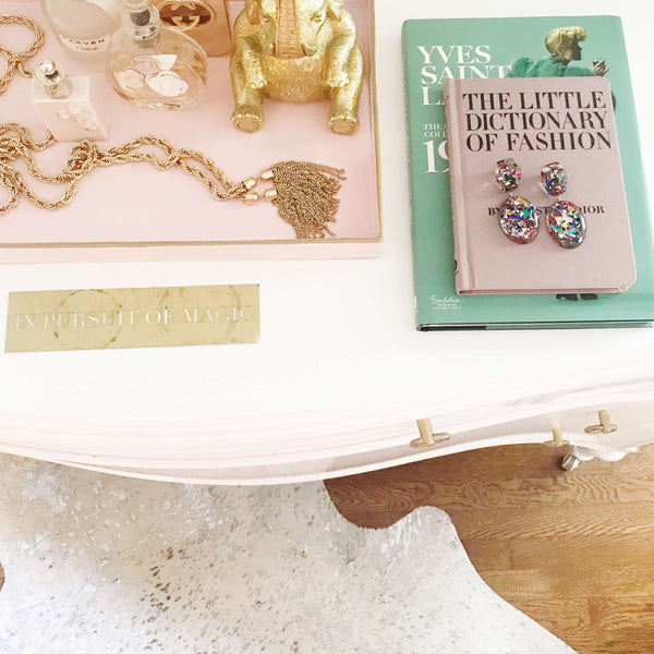magazine kelly shatat feature jewelry dresser top