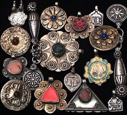 Moon and Lola Blog - ancient charms, pendants, amulets