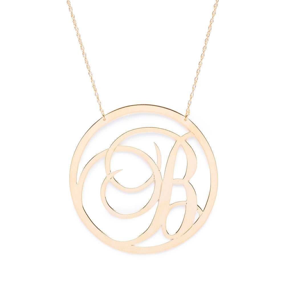 I found this at #moonandlola - Beso Necklace