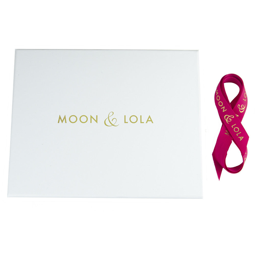 I found this at #moonandlola! - Large Gift Box and Ribbon