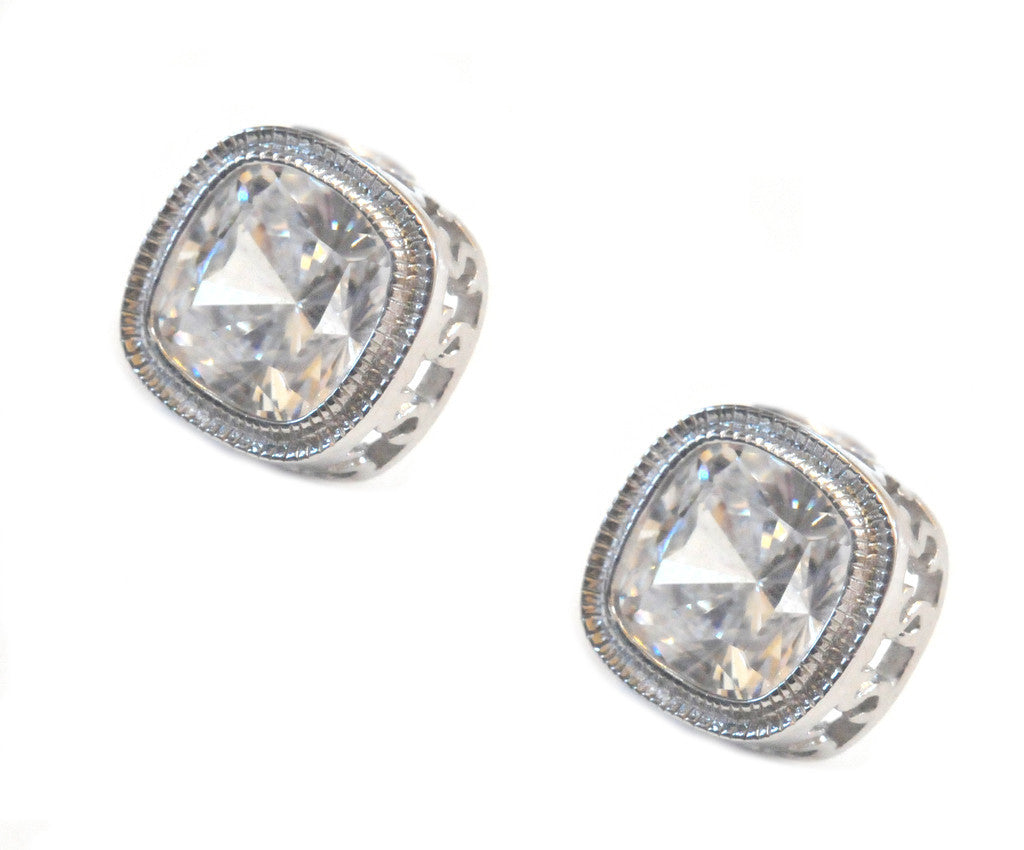 I found this at #moonandlola! - Aspen Studs Silver