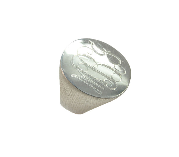 Moon and Lola - Boyfriend Signet Ring Silver