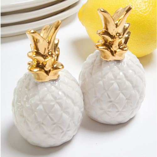Moon and Lola - 8 Oak Lane Pineapple Salt and Pepper Shakers