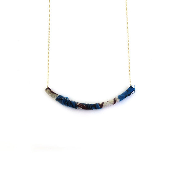 Moon and Lola - Azaza Slide in Colorway 10 on Apex Chain Necklace