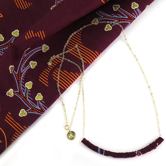 Moon and Lola - Azaza Slide in Colorway 5 on Apex Chain Necklace