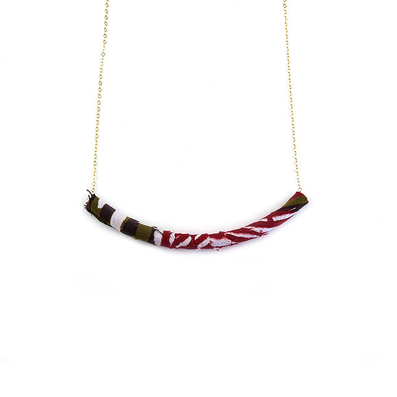 Moon and Lola - Azaza Slide in Colorway 6 on Apex Chain Necklace