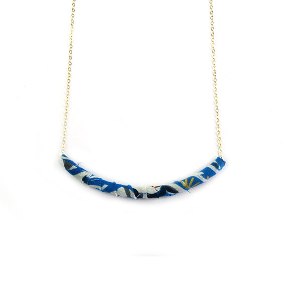 Moon and Lola - Azaza Slide in Colorway 9 on Apex Chain Necklace